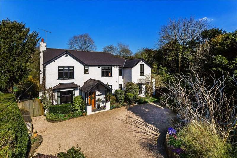4 Bedrooms Detached House for sale in Ricketts Hill Road, Tatsfield, Westerham, Kent, TN16