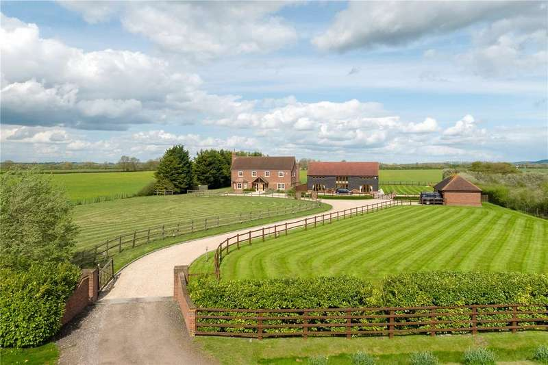 6 Bedrooms Detached House for sale in Monks Court, Buckland, Aylesbury, Buckinghamshire, HP22