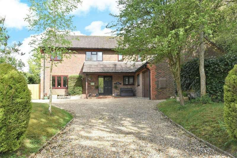 5 Bedrooms Detached House for sale in Church Street, Ropley, Hampshire