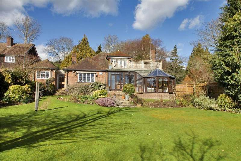 3 Bedrooms Detached House for sale in High Street, Brenchley, Tonbridge, Kent, TN12