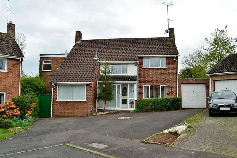 4 Bedrooms Detached House for sale in Bramley Close, Earley, Reading, Berkshire, RG6 7PL