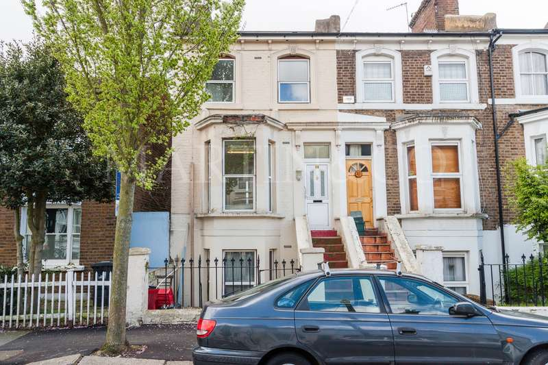 4 Bedrooms Semi Detached House for sale in Chaucer Road, Acton W3