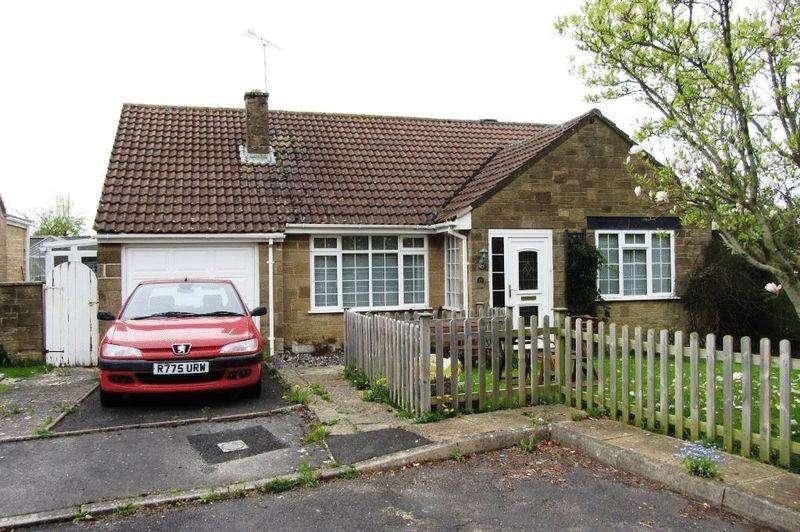 3 Bedrooms Detached Bungalow for sale in Greys Road, Merriott