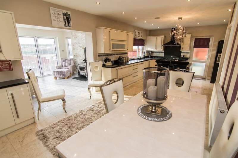 3 Bedrooms Detached House for sale in Began Road, Old St. Mellons, Cardiff