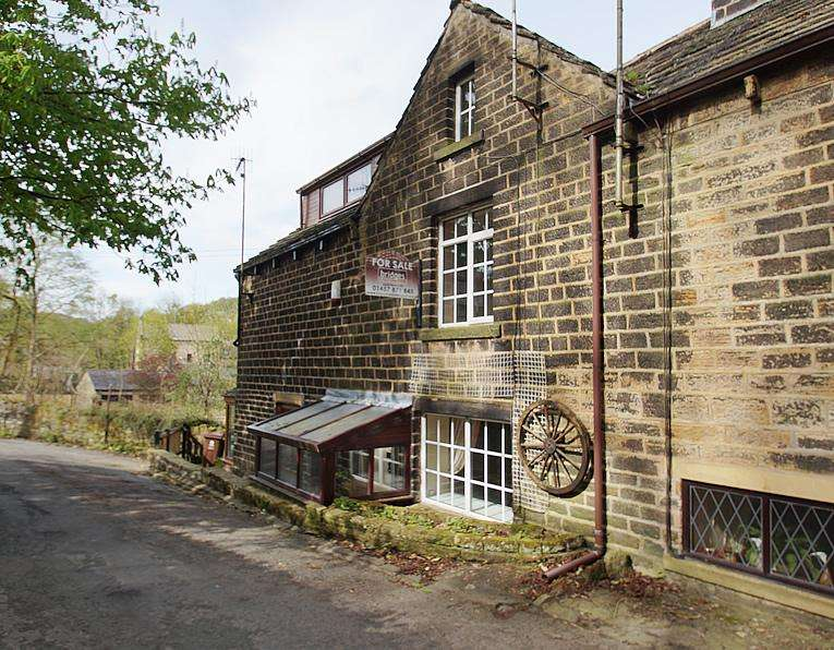2 Bedrooms Terraced House for sale in Spring Brow Cottage, Ladcastle Road, Dobcross OL3