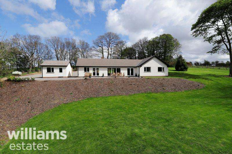 4 Bedrooms Bungalow for sale in Romany, Llanasa Road
