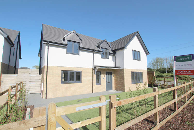 4 Bedrooms Detached House for sale in Abington Road, Litlington, Royston