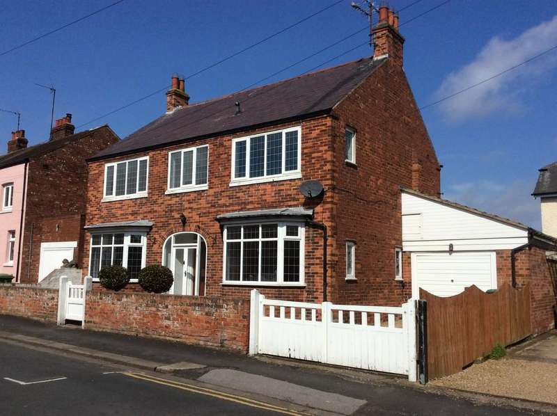 4 Bedrooms Detached House for rent in Lamplugh Lane, Lamplugh Lane