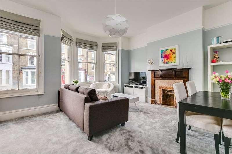 3 Bedrooms Flat for sale in Battersea Rise, Battersea, London