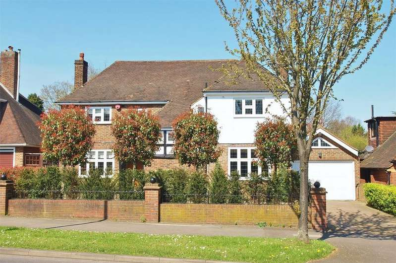 4 Bedrooms Detached House for sale in Stone Park Avenue, Beckenham, Kent