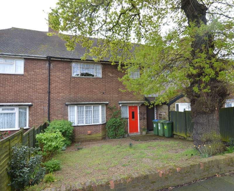 3 Bedrooms Terraced House for sale in The Knole, New Eltham, London, SE9 3DR