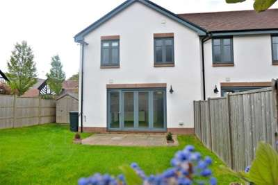 3 Bedrooms End Of Terrace House for rent in George Drive, Parkgate CH64