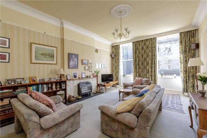 3 Bedrooms Flat for sale in Broughton Street, New Town, Edinburgh, EH1