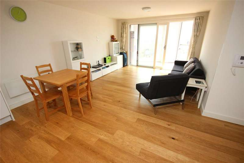 2 Bedrooms Flat for sale in The Hatbox, Munday Street, Manchester, Greater Manchester, M4