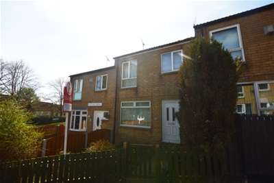 3 Bedrooms Town House for rent in Westland Grove, Westfield, Sheffield, S20