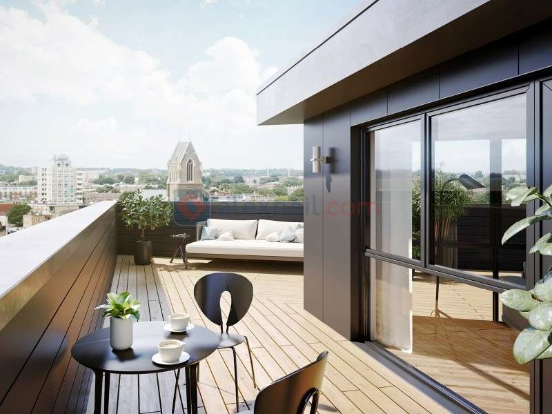 2 Bedrooms Flat for sale in Crossway, Stoke Newington N16
