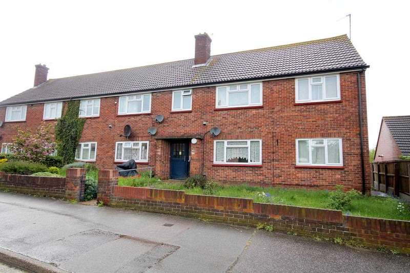 2 Bedrooms Apartment Flat for sale in Clarkes Road, Dovercourt