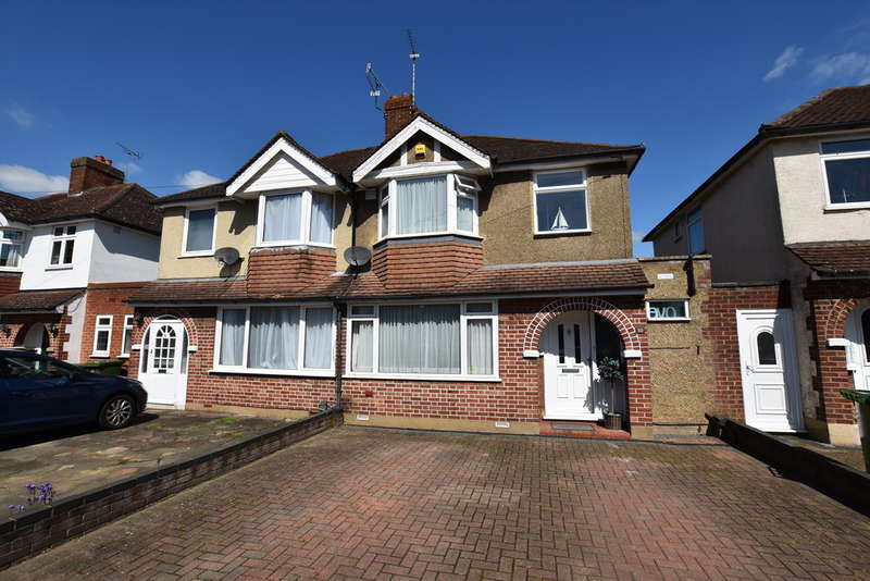 3 Bedrooms Semi Detached House for sale in Hillingdon Road, Watford