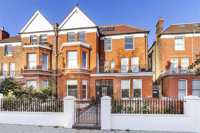 3 Bedrooms Apartment Flat for sale in Canfield Gardens, South Hampstead, London