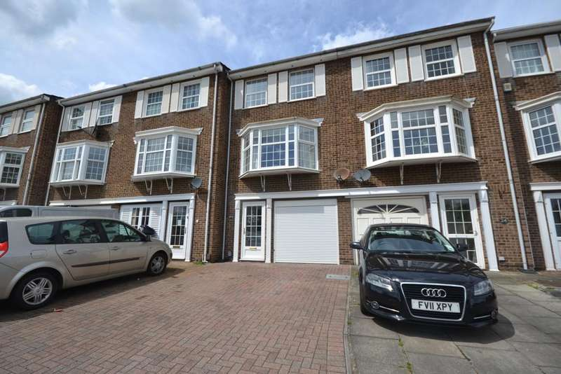 4 Bedrooms Town House for sale in Tubbenden Lane Orpington BR6