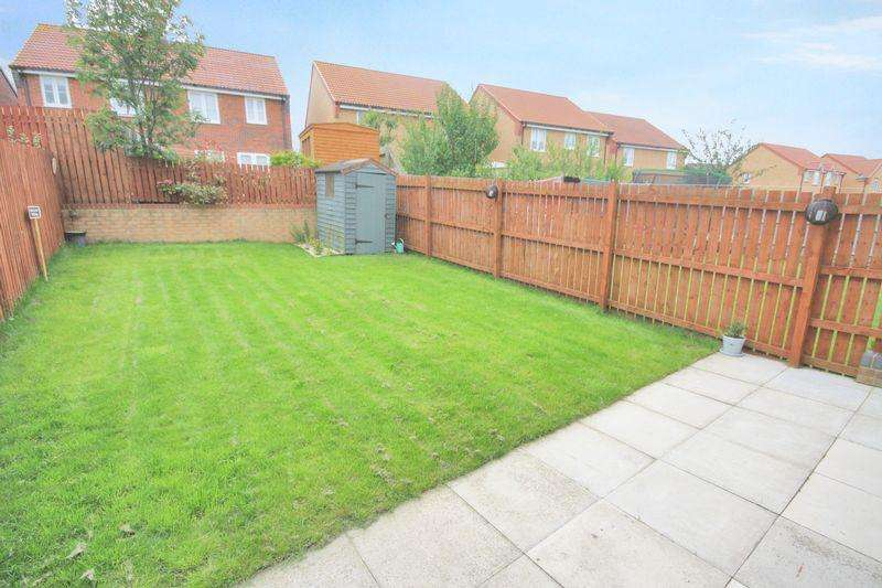 3 Bedrooms Semi Detached House for sale in Edgehill Gardens, Brotton