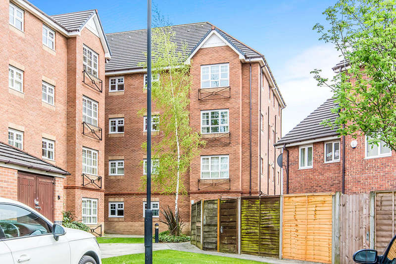 1 Bedroom Flat for sale in Ainsbrook Avenue, MANCHESTER, M9
