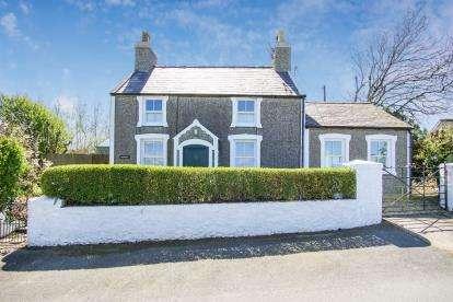 3 Bedrooms Detached House for sale in Dinas, Pwllheli, Gwynedd, LL53
