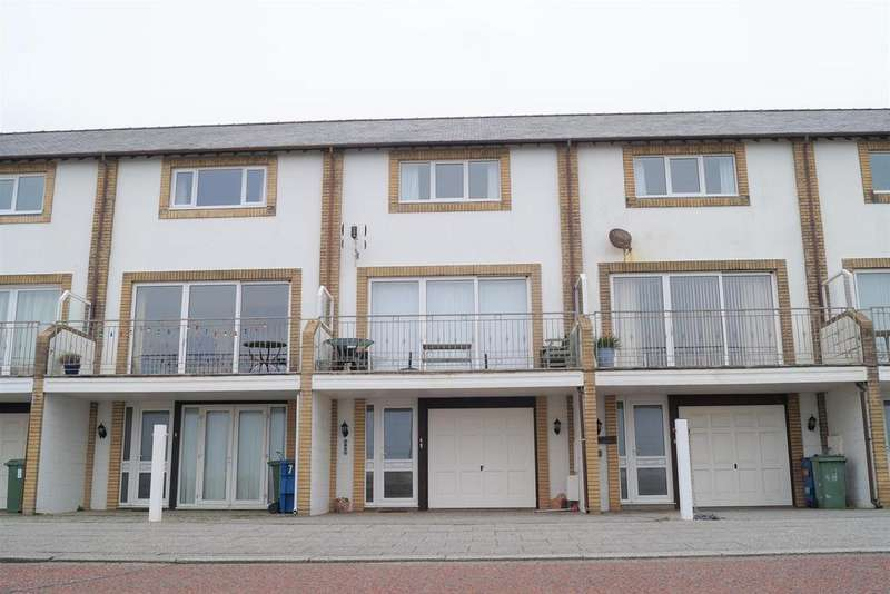 4 Bedrooms Terraced House for sale in Min Y Traeth, Pwllheli