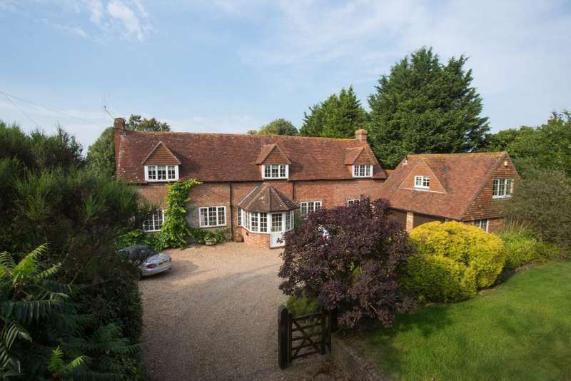 5 Bedrooms Detached House for sale in Boreham Hill, Boreham Street, East Sussex, BN27 4SF
