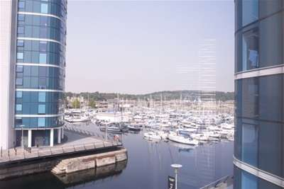 2 Bedrooms Flat for rent in The Wharf, Dockhead Road
