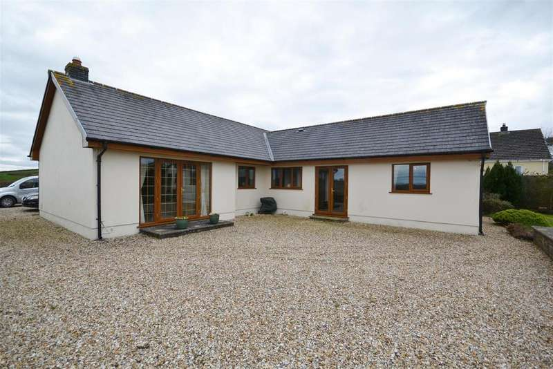 4 Bedrooms Detached Bungalow for sale in Parc Y Gwenyn, Ferryside
