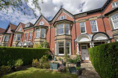 5 Bedrooms Terraced House for sale in The Drive, Gosforth, Newcastle Upon Tyne, Tyne and Wear, NE3