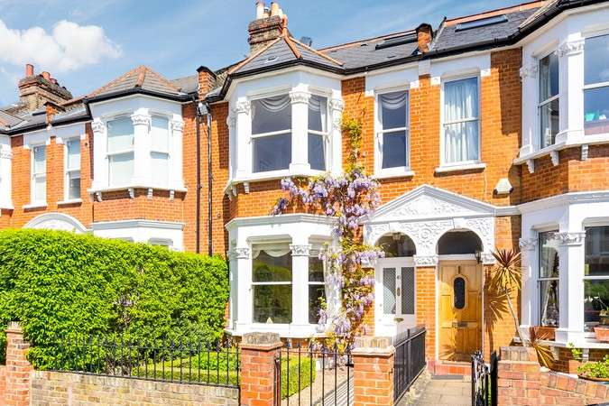 4 Bedrooms Terraced House for sale in Wolseley Gardens, Chiswick