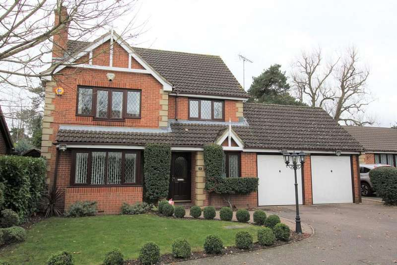 4 Bedrooms Detached House for sale in Chester Close, Potters Bar