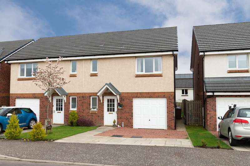 3 Bedrooms Semi Detached House for sale in Regulus Street, Dunfermline KY11