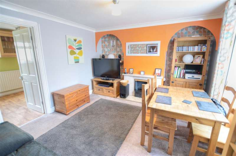 2 Bedrooms Terraced House for sale in High Street, Billinghay