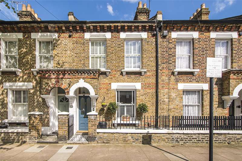 3 Bedrooms House for sale in Birley Street, London, SW11