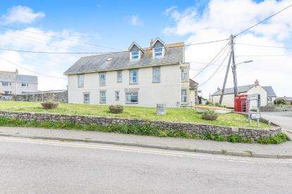6 Bedrooms End Of Terrace House for sale in Marazion, Cornwall, Uk