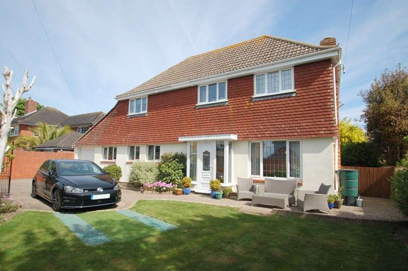 4 Bedrooms Detached House for sale in Palmerston Way, Alverstoke, GOSPORT