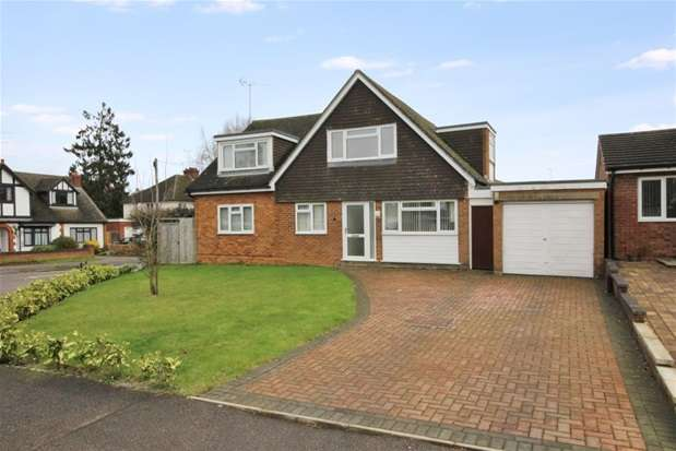 5 Bedrooms House for rent in Field Close, Harpenden