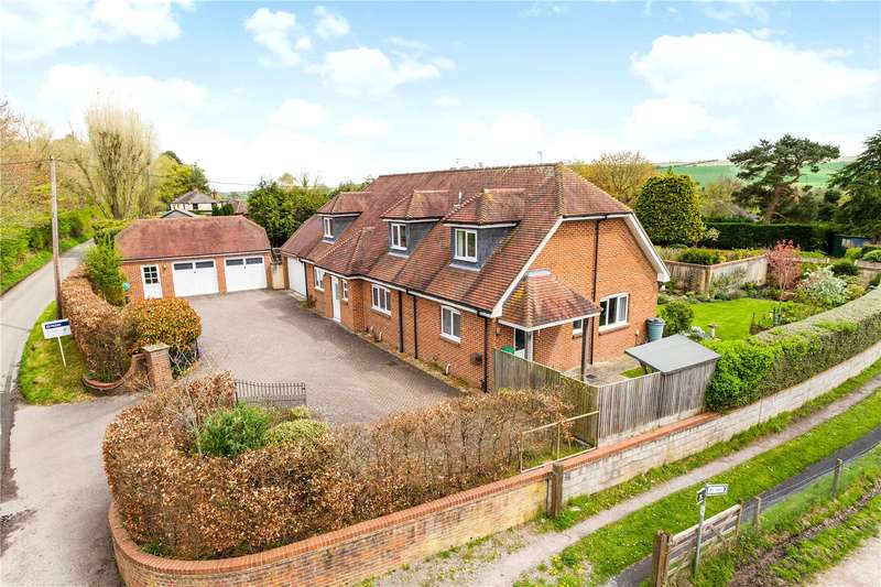 4 Bedrooms Detached House for sale in Kings Road, Easterton, Devizes, Wiltshire, SN10