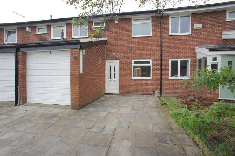 3 Bedrooms Terraced House for rent in Racefield Close, Lymm