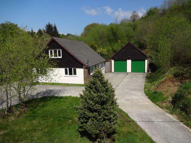 3 Bedrooms Detached House for sale in Millpool
