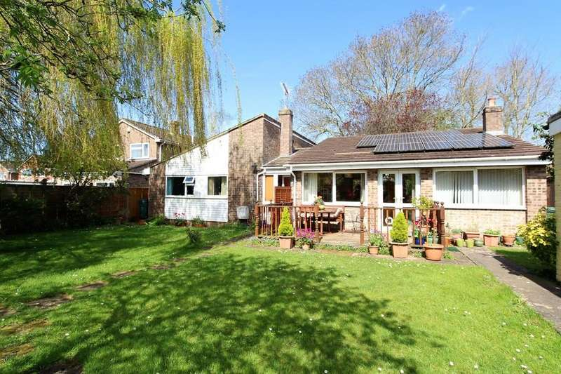 4 Bedrooms Detached Bungalow for sale in Kingston Way, Nailsea