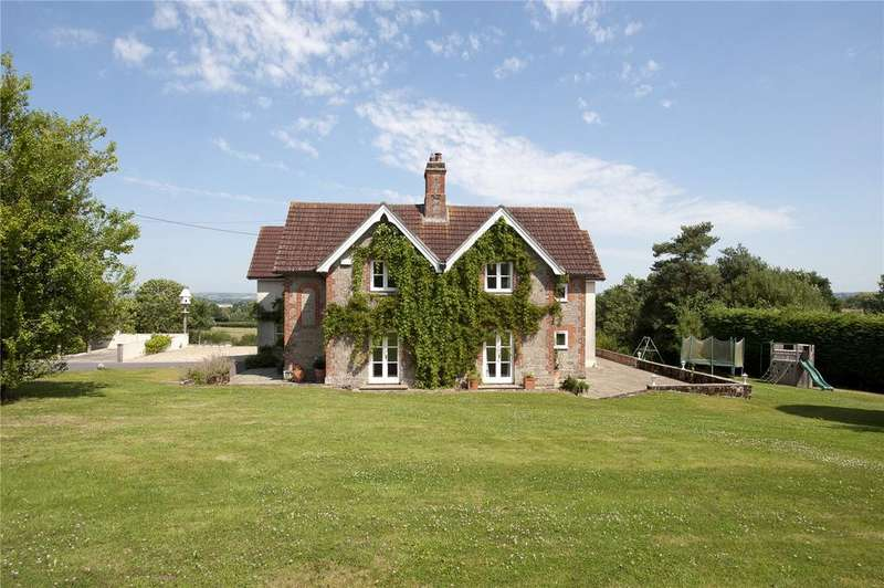 5 Bedrooms Detached House for sale in Fern Hill, East Stour, Gillingham, Dorset, SP8