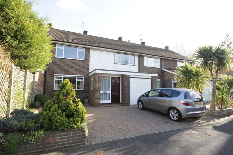 4 Bedrooms Terraced House for sale in Bray Close, Bray
