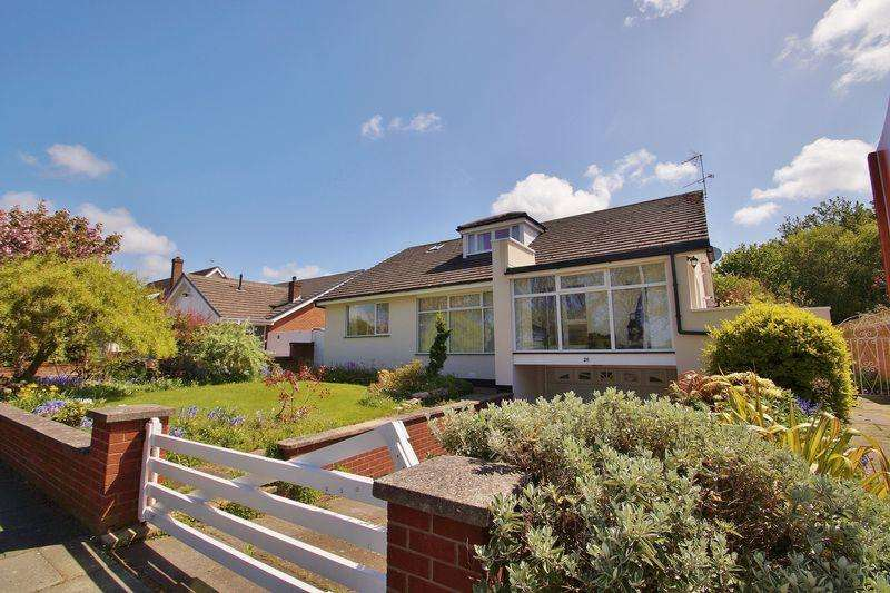 3 Bedrooms Detached House for sale in Fleetwood Road, Southport