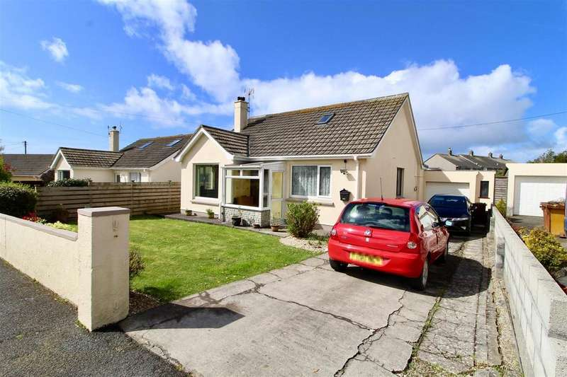 3 Bedrooms Detached Bungalow for sale in Turnpike, Helston