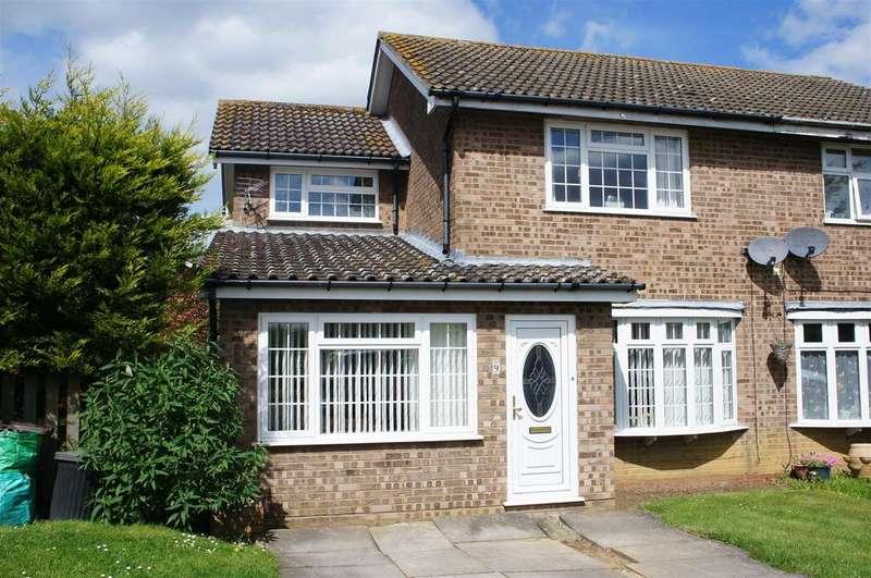 3 Bedrooms Semi Detached House for sale in Partridge Piece, Cranfield