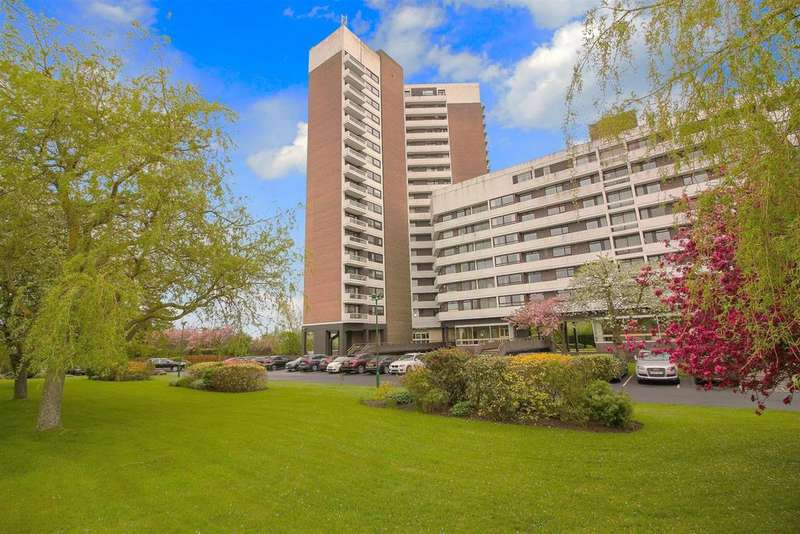 3 Bedrooms Flat for sale in Montagu Court, Newcastle Upon Tyne